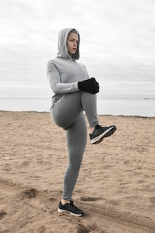 Fitness-, sport-, aktivitäts-, vitalitäts- und wellnesskonzept. fit an