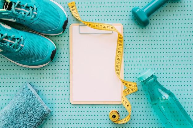 Fitness und trainingskonzept mit zwischenablage