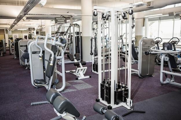 Fitnessraum ohne inneneinrichtung