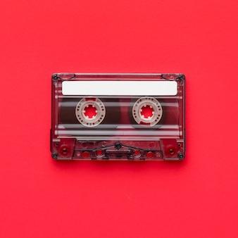 Flach gelegtes minimalistisches vintage-kassettenband