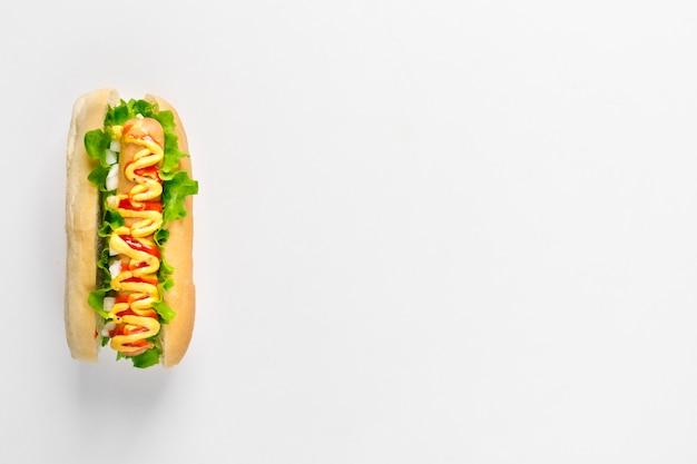 Flach lag hotdog mit exemplar