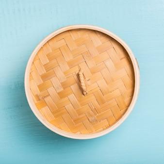Flach liegender bambus-dampfgarer