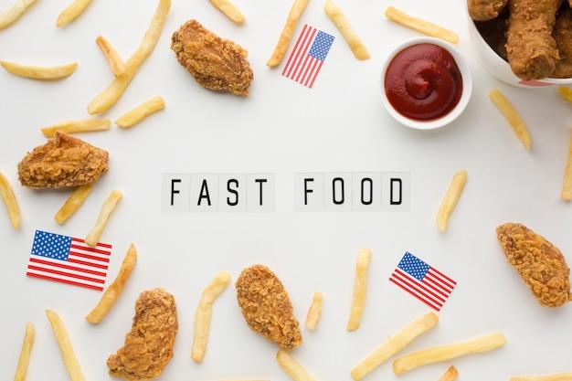 Flache lage der amerikanischen essensanordnung