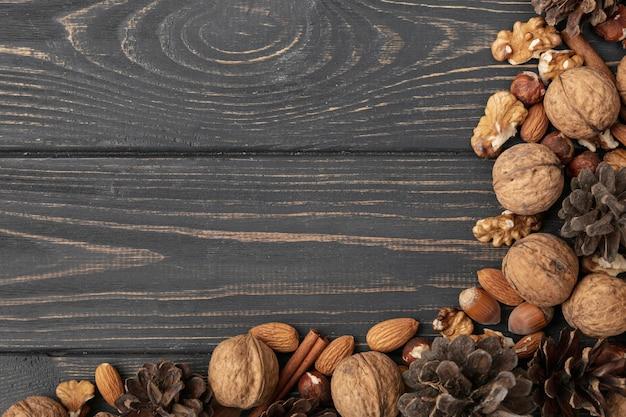 Flache lage verschiedener nüsse