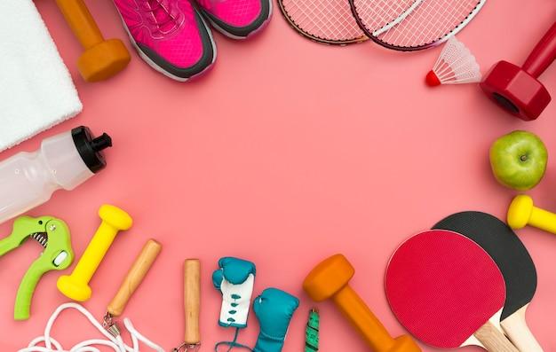 Flache lage von fitness-essentials mit kopierraum