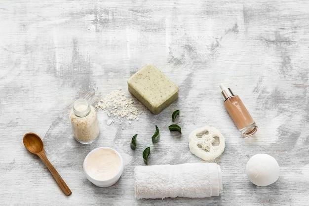 Flache lage von hautpflegeprodukten
