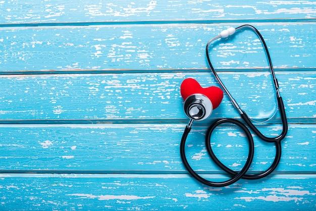 Flache laienantenne von medizinischem u. gesundheitswesenversicherungs-hintergrundkonzept
