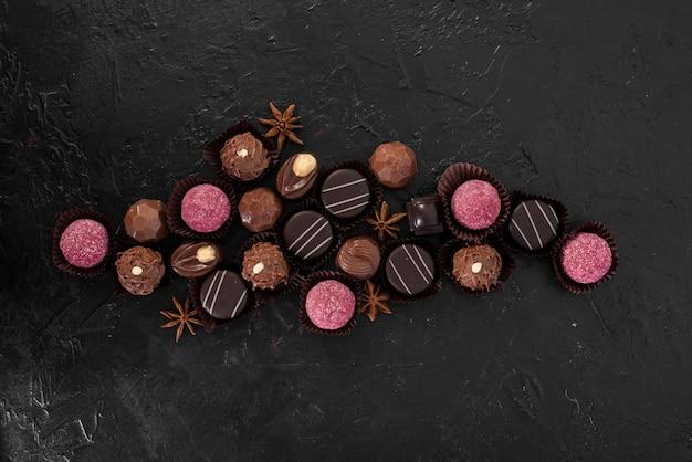 Flache laienmischung von süßigkeiten