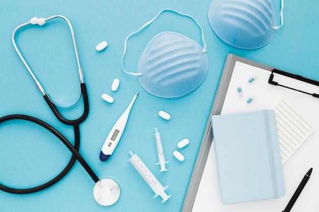 Flache medizinische ausrüstung