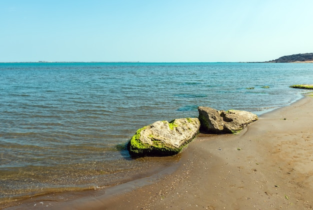Flache meeresküste