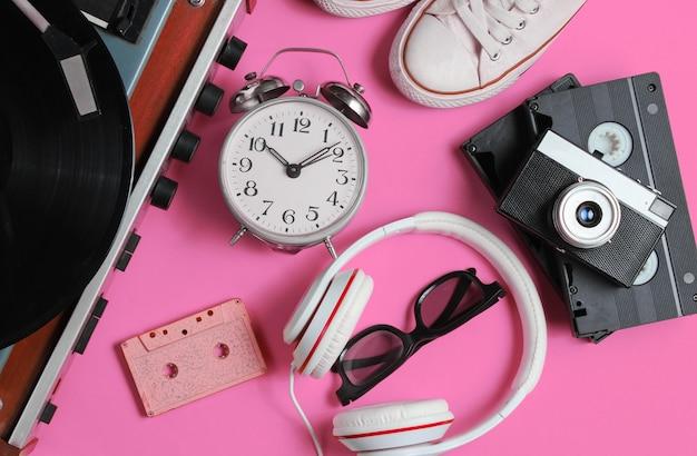 Flache retro-objekte der popkultur der 80er jahre