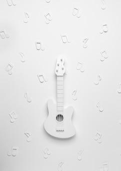 Flache weiße gitarrenanordnung