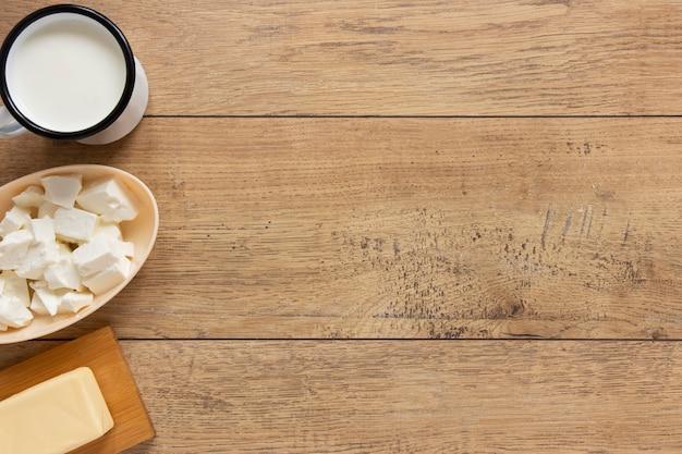 Flacher rahmen mit milchprodukten