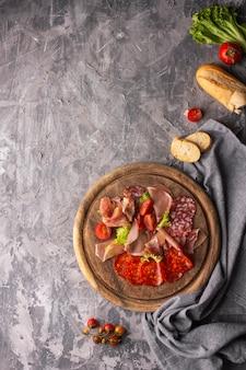 Flaches fleischstückkonzept mit kopierraum
