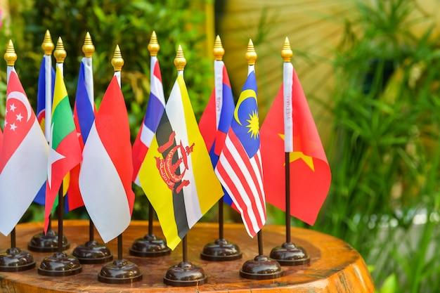 Flagge der vereinigung südostasiatischer nationen
