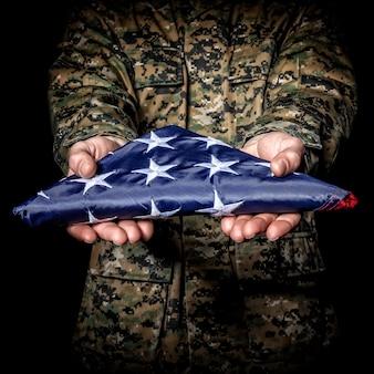 Flagge falten alten ruhm