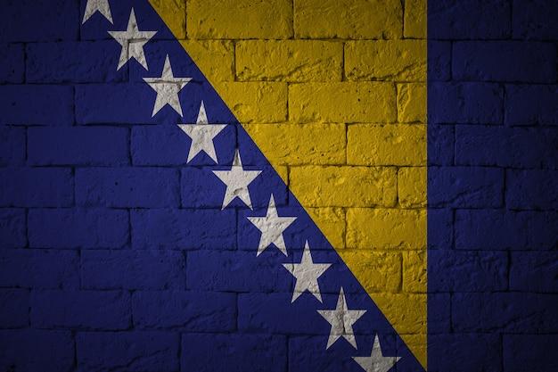 Flagge mit originalproportionen. nahaufnahme der grunge-flagge von bosnien und herzegowina
