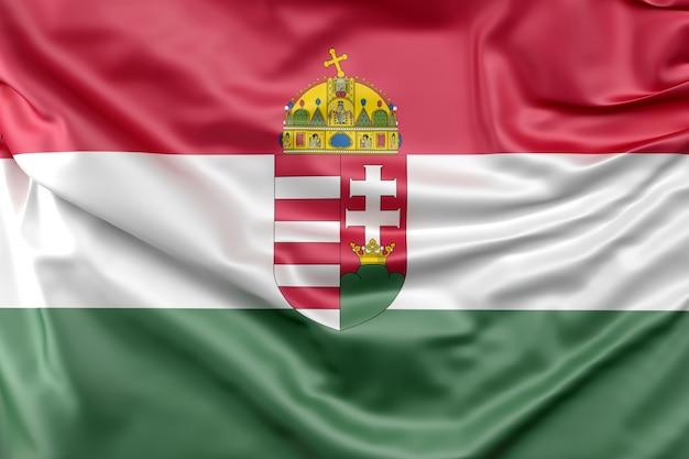 Flagge von ungarn mit wappen