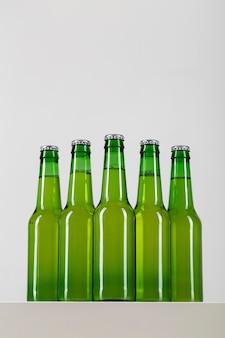 Flasche mit bierpackung