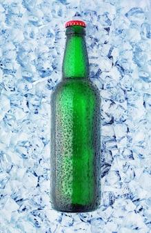 Flaschen in eis