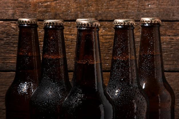 Flaschen kaltes bier