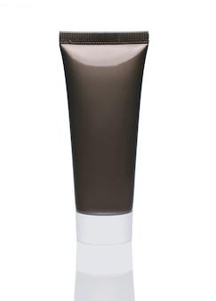 Flaschenkörperpflege sauber für die werbung, lokalisiert auf weißem hintergrund.