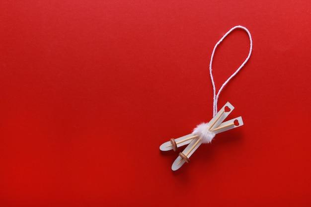 Flatlay-zusammensetzung der hölzernen weihnachtsdekoration