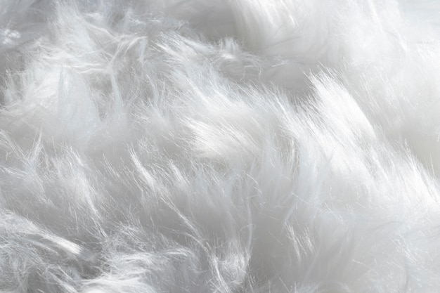 Flauschiger organischer hintergrund der weißen federn