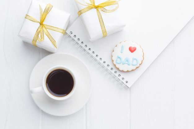Flay lag arrangement mit kaffee