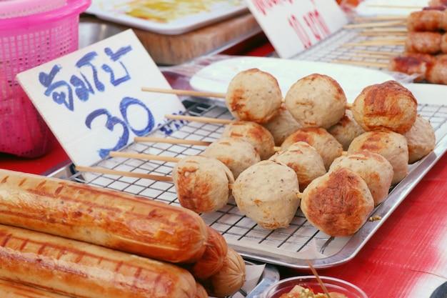 Fleischbällchen bei street food