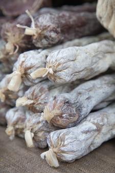 Fleischspezialitäten - ruckelig, straßenhandel