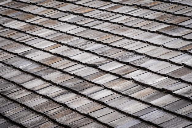 Fliesen auf dem dach von haus- oder ausgangstexturen