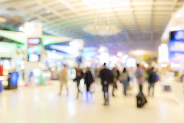Flughafeneinstiegsbereich unscharfer hintergrund