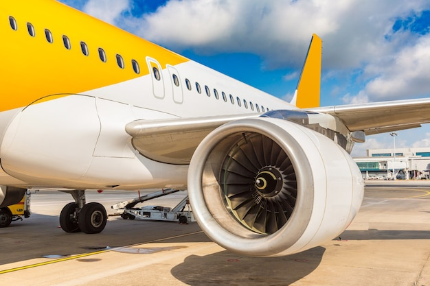 Flugzeug in singapur changi flughafen in singapur