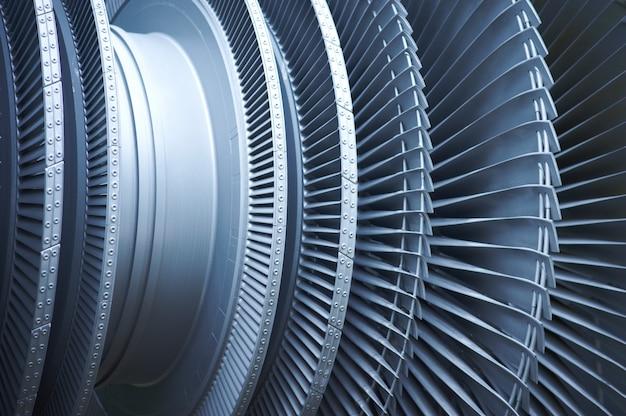 Flugzeuge mit turbinenschaufeln