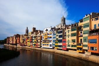 Fluss Onyar in Girona
