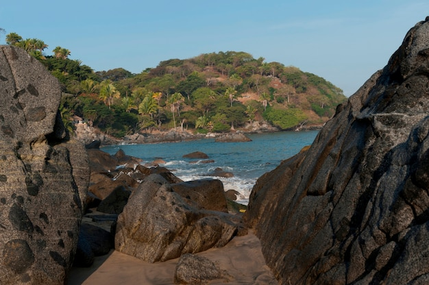 Flusssteine auf einem strand, sayulita, nayarit, mexiko