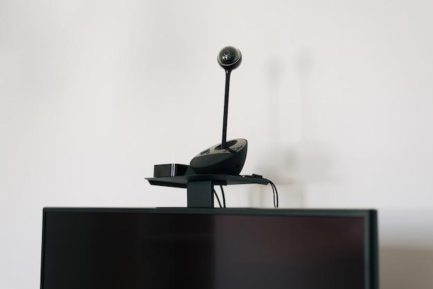 Foto der videokamera für online-besprechungen webinar und andere.