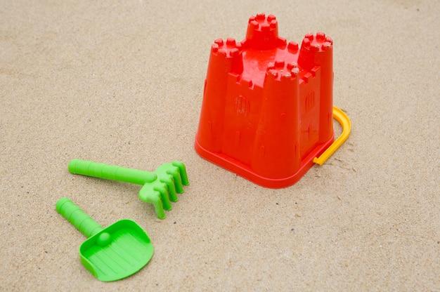 Foto des spielwarenstrandes im sand