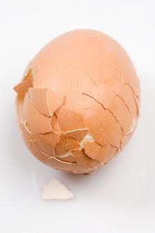 Foto eines gekochten eies gebrochenes nahes