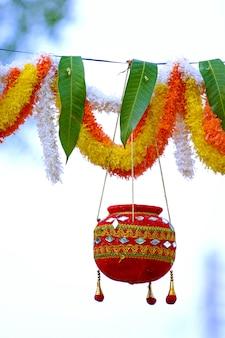 Foto von dahi handi festival in indien