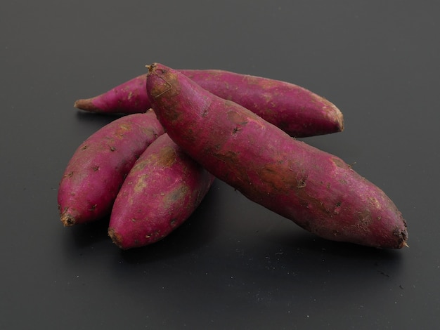 Foto von lila süßkartoffel
