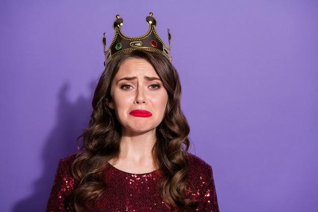 Foto von prinzessin lady brach aus und weinte negative gefühle emotion