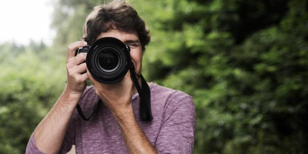 Fotograf macht foto bei ihnen