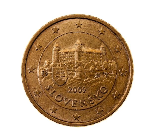 Fotografierte nahaufnahme auf weißer münze euro fünfzig cent