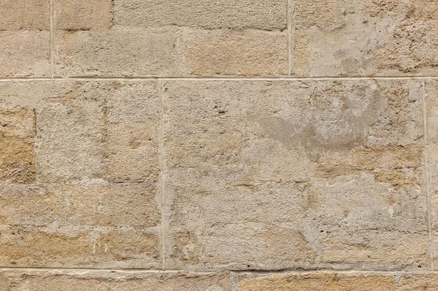 Fragment der wand von einem abgebrochenen stein
