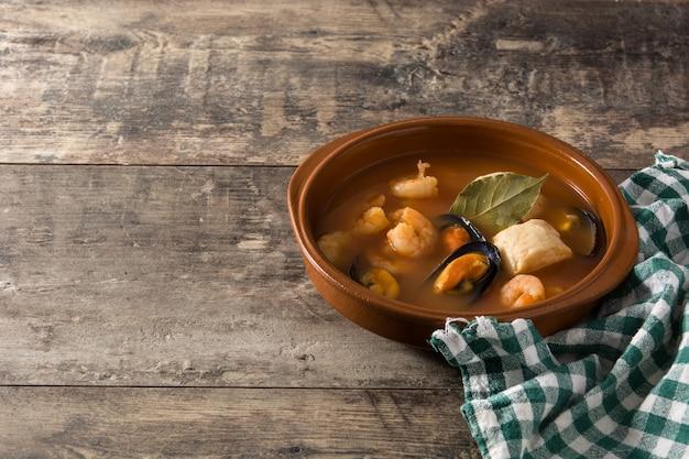 Französische bouillabaisse-suppe