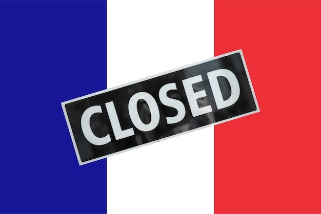 Französische flagge frankreichs mit geschlossenem schild