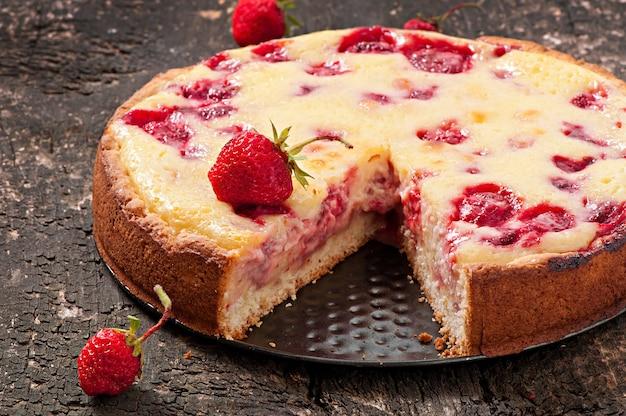 Französische torte mit erdbeeren