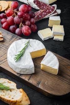 Französischer weicher camembert von normandiekäse